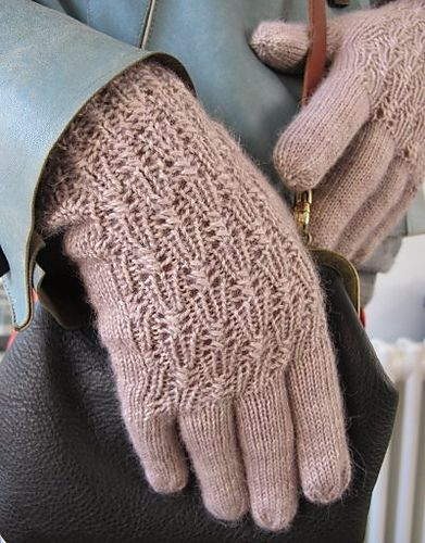 Silver Bell Glove Knitting Pattern