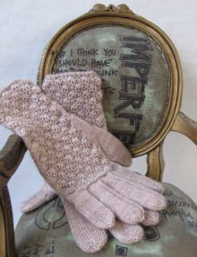 Cockleshell Glove Knitting Pattern