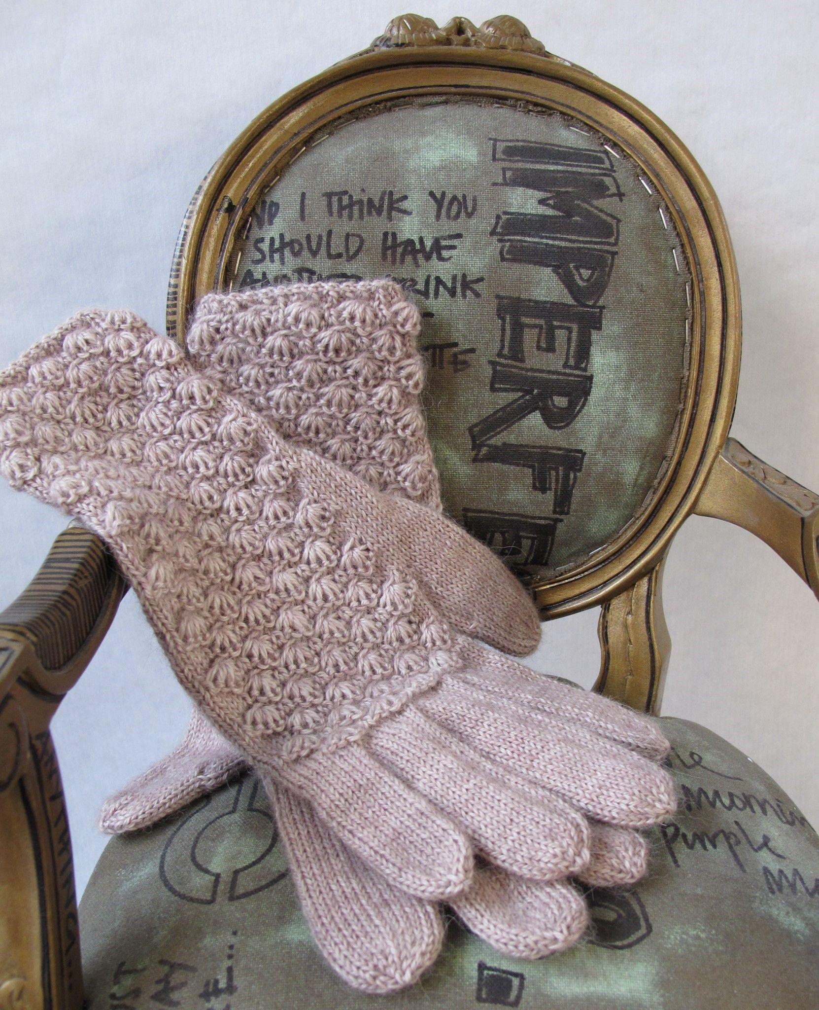 Cockleshell Glove Knitting Pattern