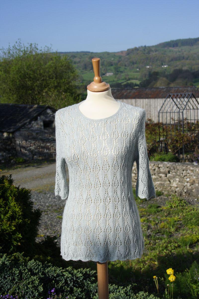 Lace pattern top in sock yarn