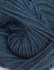 Merino 4ply yarn green