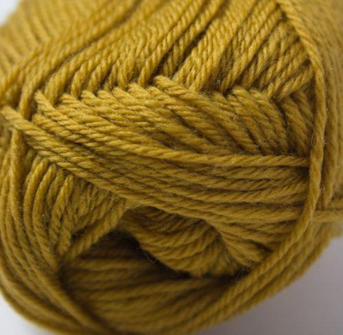 Merino 4ply yarn mustard