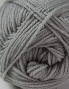 Merino 4ply yarn silver grey