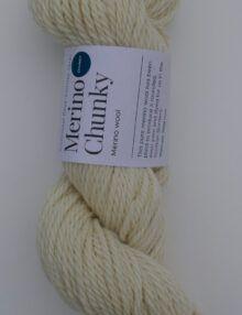 Chunky Merino knitting yarn natural white